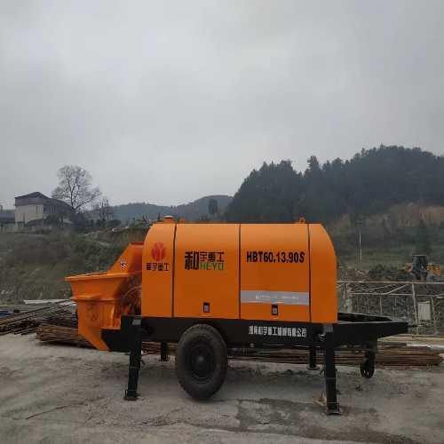 昆明混凝土泵、昆明混凝土输送泵
